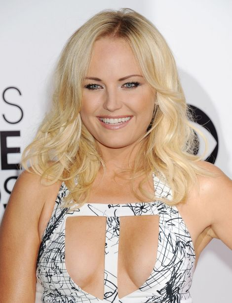 malin-akerman-at-40th-annual-people-s-choice-awards-in-los-angeles_1
